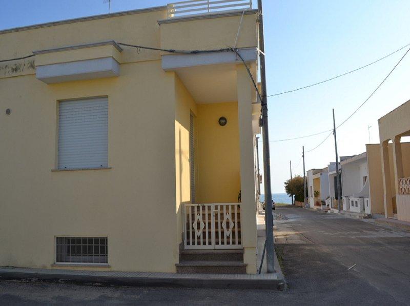 Casa Vacanze Simona, casa vacanza a Marina di Mancaversa