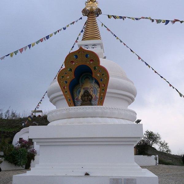 Templo budista ... fácil de percorrer para ...