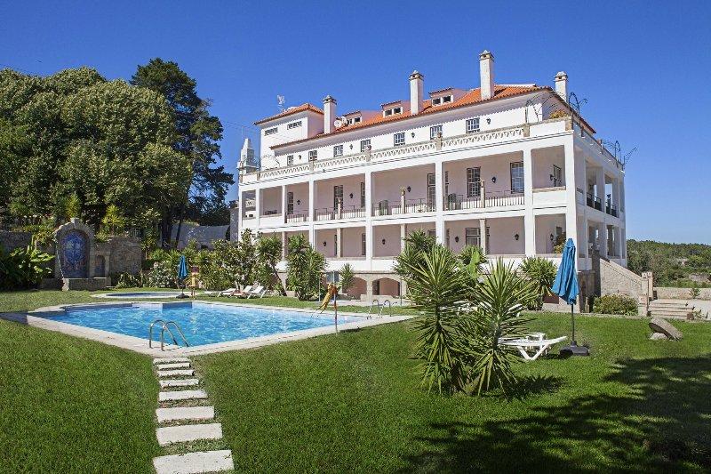Hotel Rural Mira Serra (Double 1), casa vacanza a Lajeosa do Mondego
