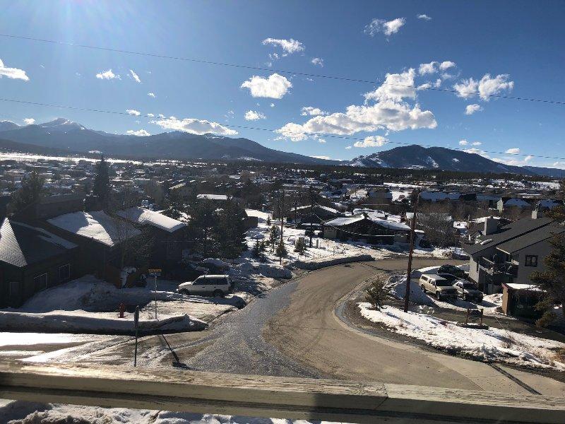 Luxury comfort with AMAZING views near Winterpark Ski Area