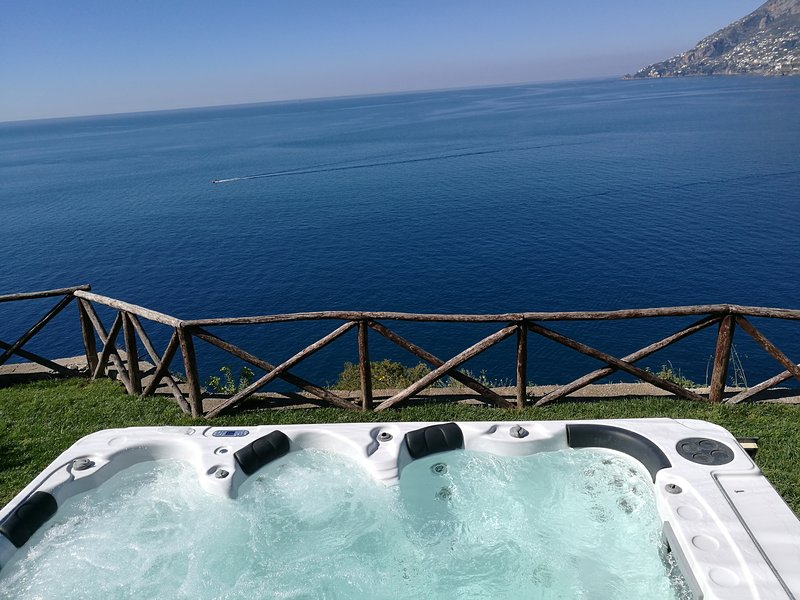 Villa Anna - Exclusive villa on the Amalfi coast, vacation rental in Maiori