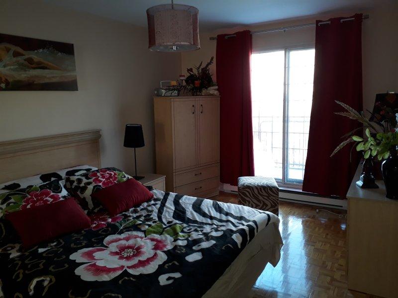 appartement au coeur de la ville de Montréal, aluguéis de temporada em Repentigny