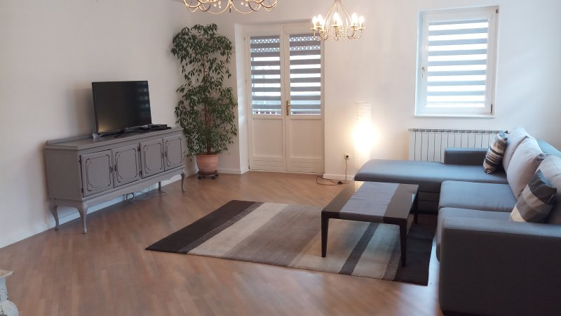 City Break Apartments - XLA, holiday rental in Sarajevo