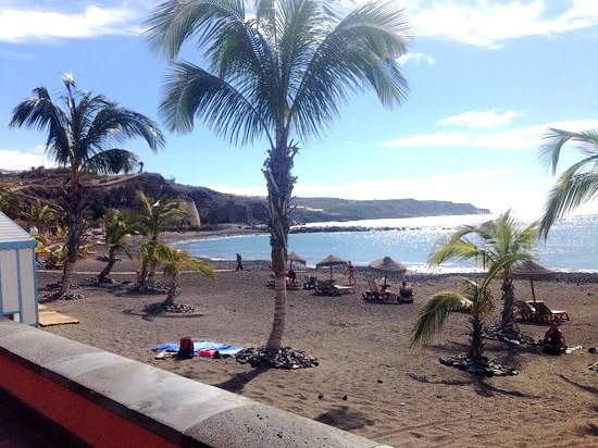 PLAZA APARTMENTS Tenerife ♧First class 3 bedroom apartment in Playa San Juan, holiday rental in Guia de Isora