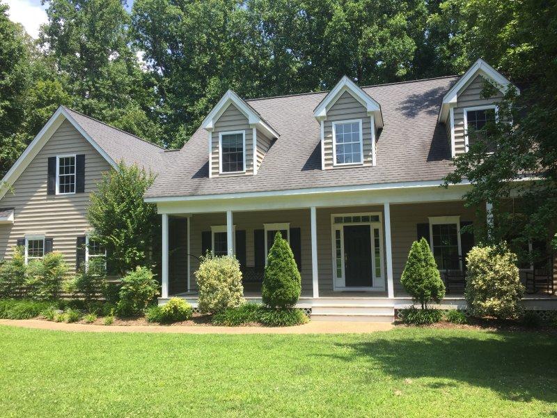 tranquilo hogar situado en 3 acres