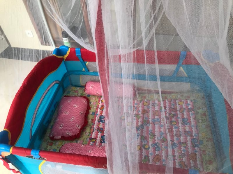 Baby cot provided in villa.