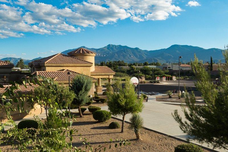 Casa Antigua Condominiums - Pool Side - Sierra Vista's Finest, location de vacances à Sierra Vista