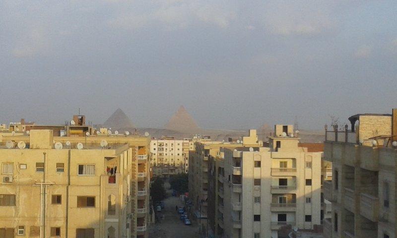 vue réelle pour les pyramides du balcon