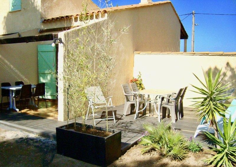 appartement cozzy sur la cote bmeue, vacation rental in La Couronne