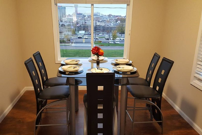 The Grand View, holiday rental in Niagara Falls