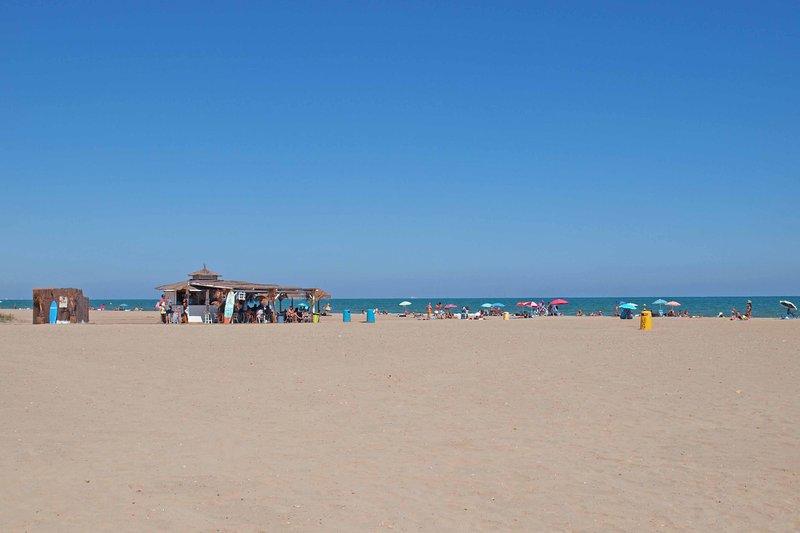 Environnement: plage de Malvarrosa. Environnement: plage de Malvarrosa.
