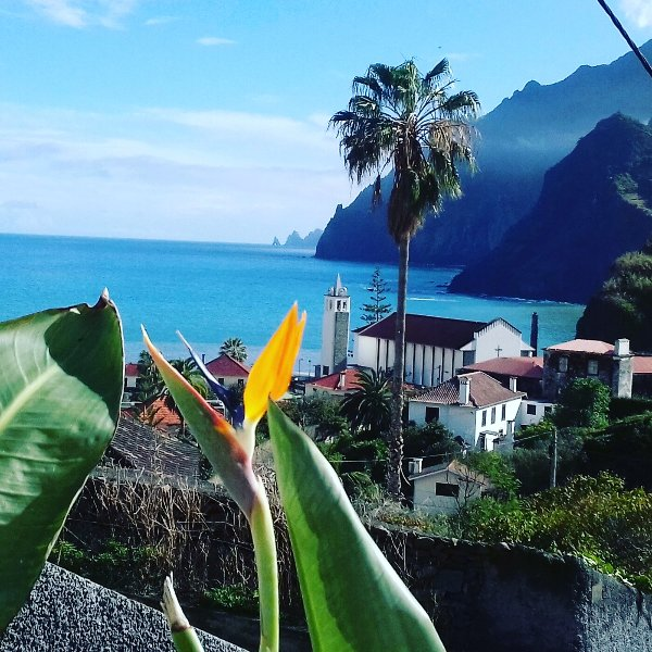 Vivenda Linda Vista  1 - with spectacular sea and mountain views, vacation rental in Porto da Cruz