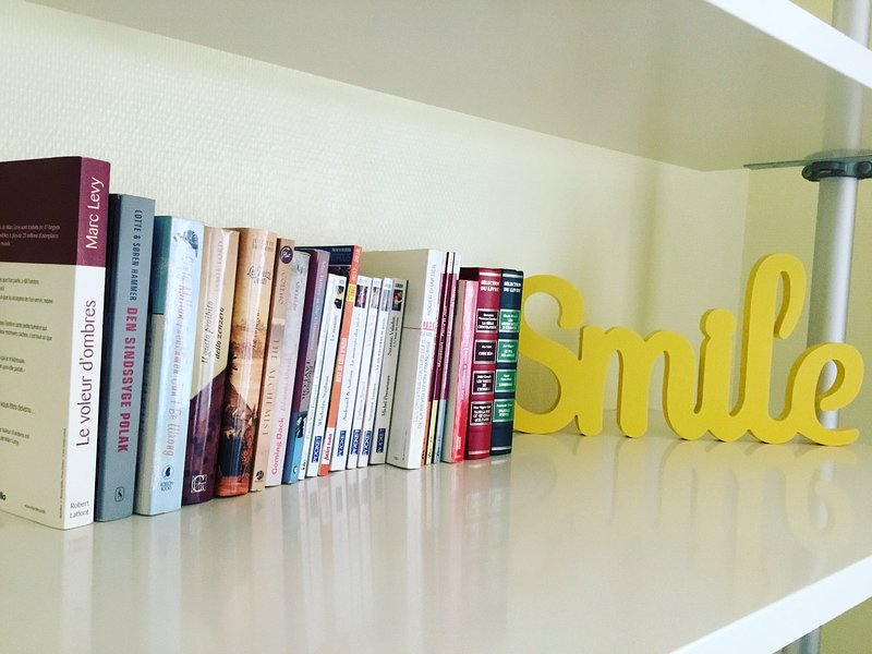 Of reading in English, French, Italian, German