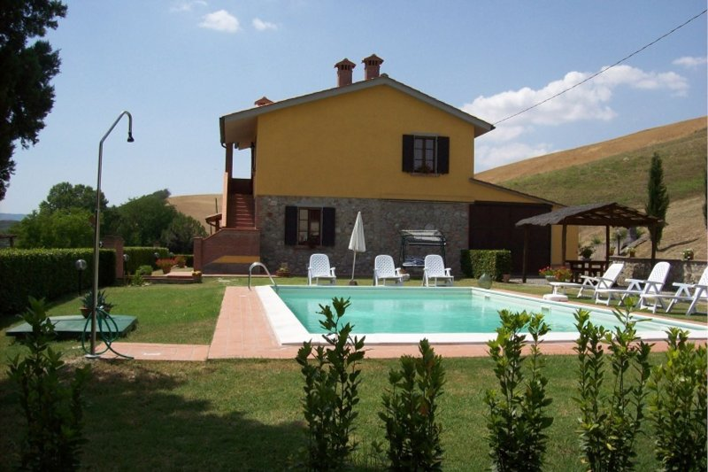 Fattoria Spedaletto Villa Sleeps 8 with Pool - 5490491, holiday rental in Volterra
