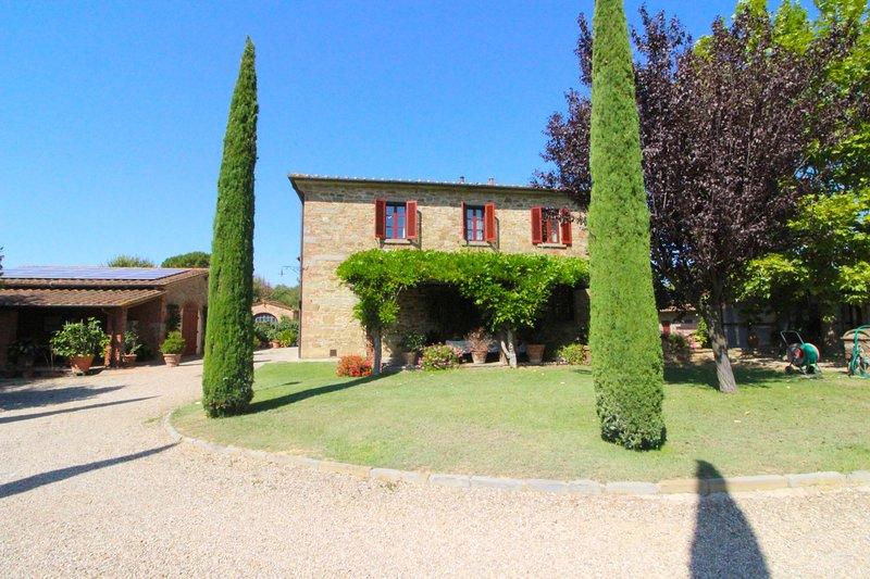 GALLERIA DI BROLIO, holiday rental in Castroncello