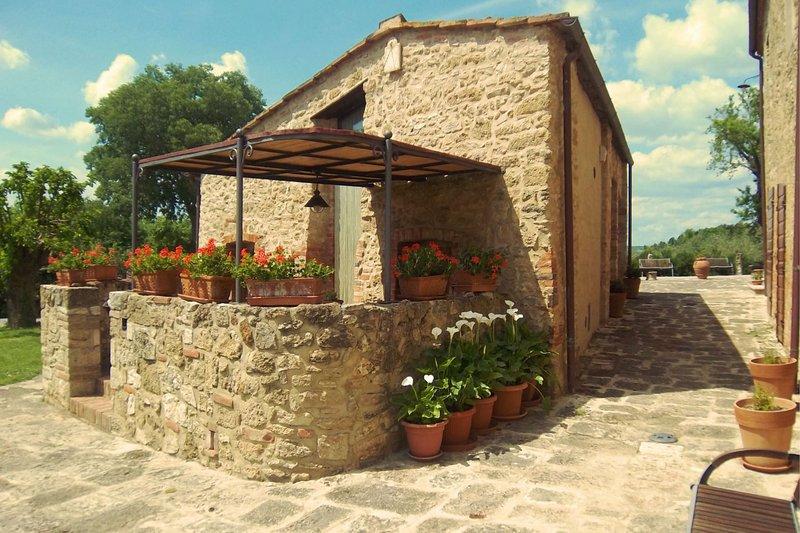 PIEVE DI SANT IPPOLITO - SANT IPPOLITO, casa vacanza a Asciano