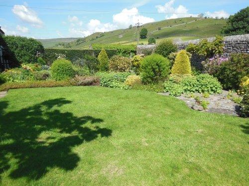 Gorgeous garden with terrific views to Kisdon hill