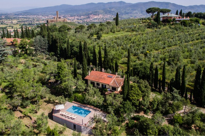 Sant'Angiolo Villa Sleeps 11 with Pool and Air Con - 5490522, vacation rental in Castroncello