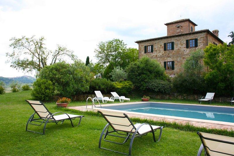 La Pievaccia Villa Sleeps 6 with Pool - 5490601, alquiler vacacional en Montefollonico