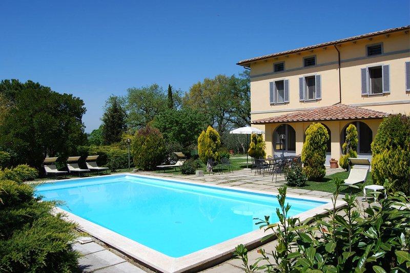 POGGIO FALCONE, location de vacances à Castiglione del Lago