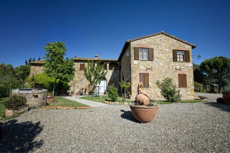 San Quirico d'Orcia Apartment Sleeps 4 with Pool and Air Con - 5490549, location de vacances à San Quirico dOrcia