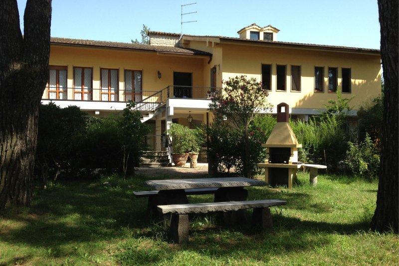 Casa di Cio Villa Sleeps 8 with Pool - 5490571, holiday rental in Tregozzano