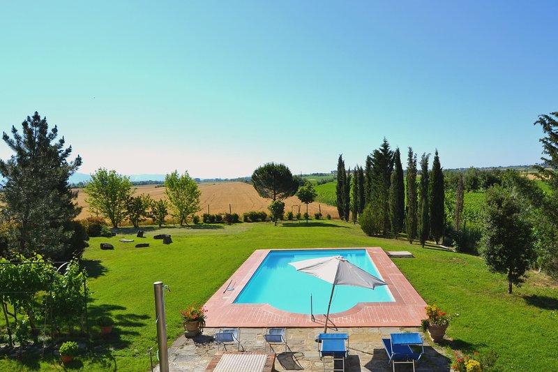 VILLA CANTAGALLO, holiday rental in Fratticciola