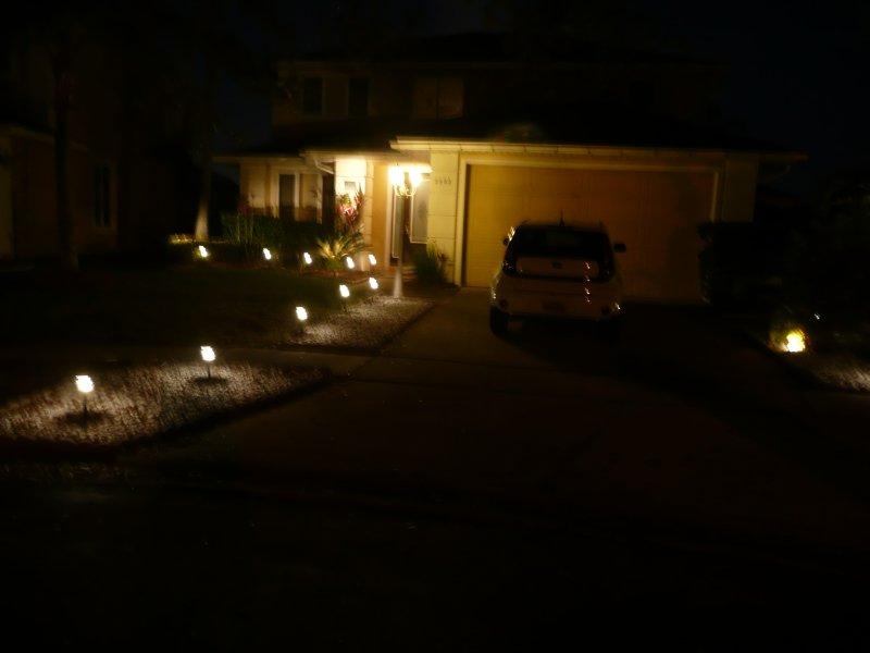 un accueil lumineux la nuit