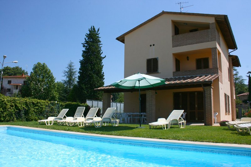 CASA CLEMENTINA, vacation rental in Rigomagno