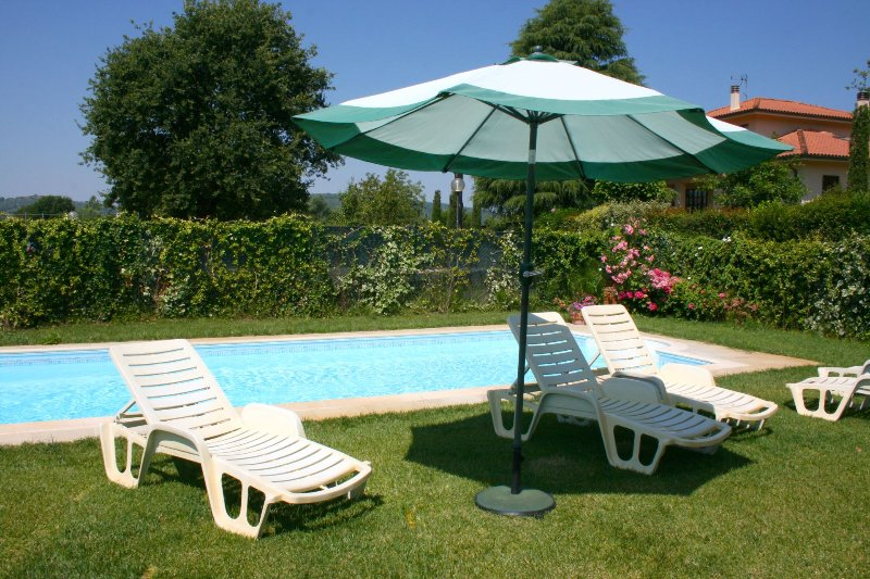Santa Maria a Monte Villa Sleeps 12 with Pool - 5490572, vacation rental in Rigomagno