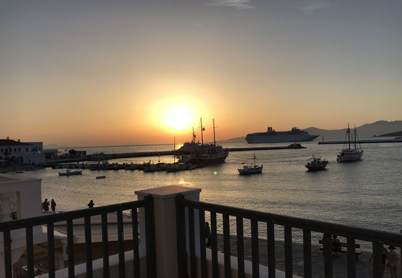 Pnoe rests in the heart of Mykonos twon with breathtaking panoramic views of the old port.