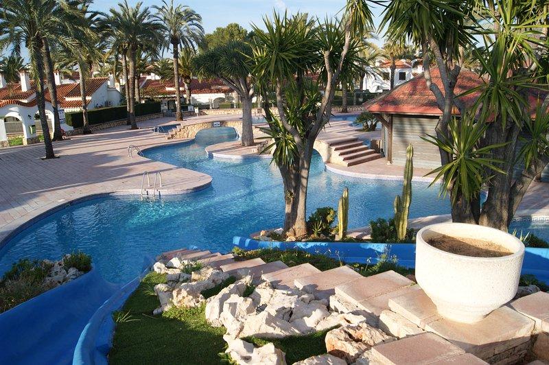 Apartamento Las Marinas II - Dénia, holiday rental in Denia