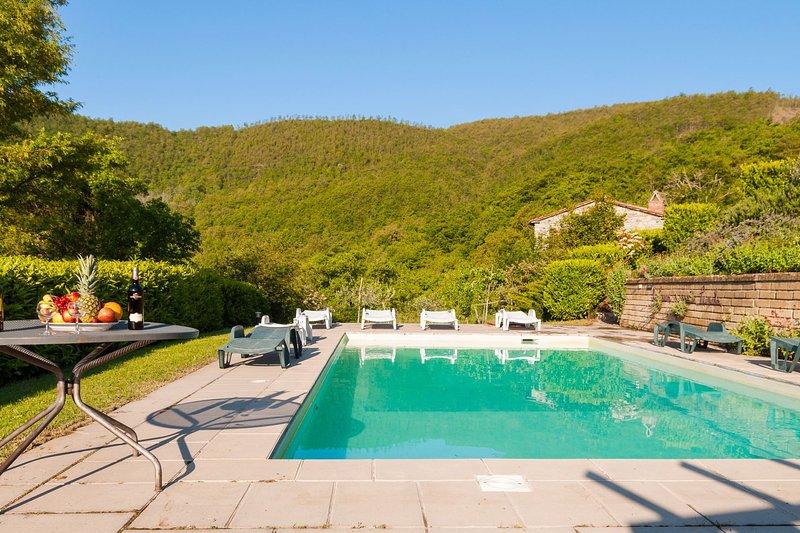teverina Villa Sleeps 4 with Pool - 5490534, casa vacanza a Pierle
