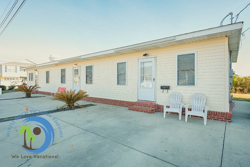 Front of Cherry Grove Beach Bungalows