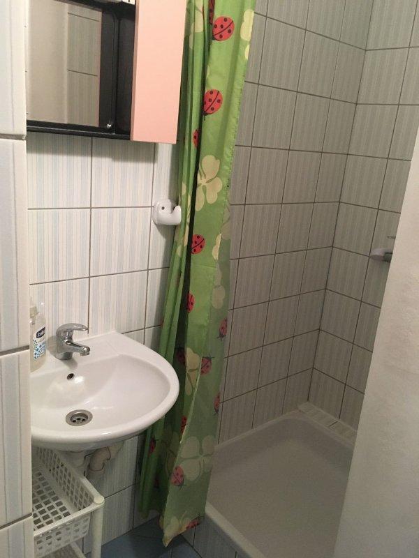 SA-Klara 32 (2): banheiro com vaso sanitário