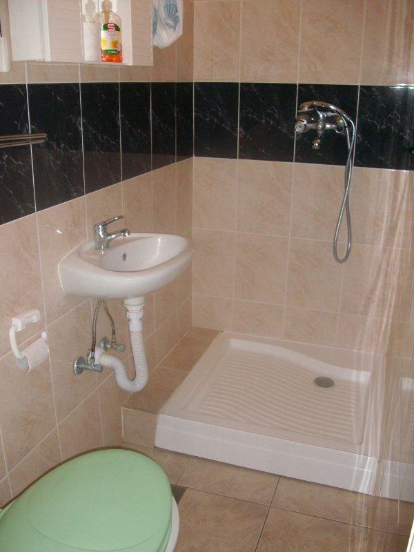 SA2-Klara 22 (2): banheiro com vaso sanitário