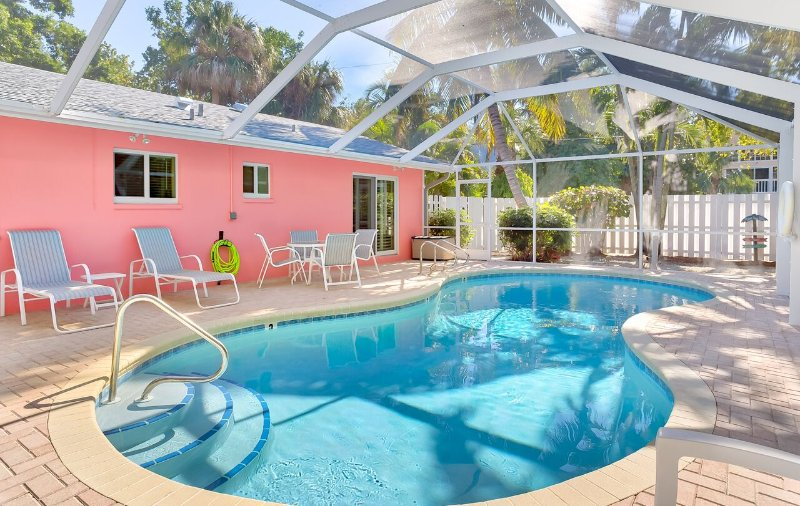 Relaxing Near Beach Captiva Island Pool Home, alquiler de vacaciones en isla de Captiva