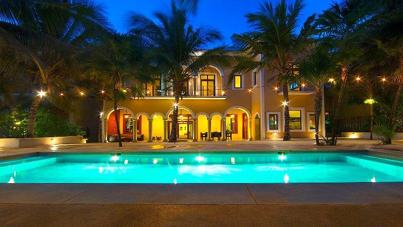 Riviera Maya Haciendas, Hacienda Corazon -Beachside Swimming Pool at Night