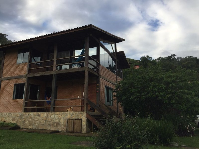 Casa de Campo em Visconde de Mauá, vacation rental in Penedo