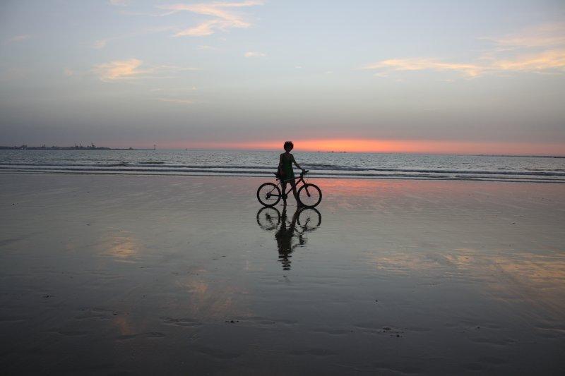 Atardecer en playa Valdelagrana
