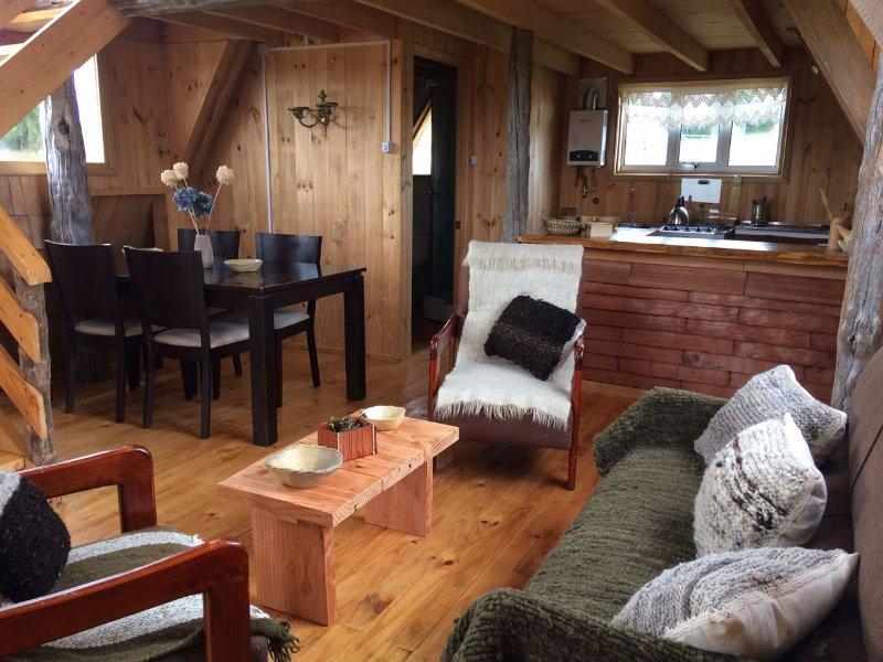 Cabaña junto al lago en granja agroecolólogica, alquiler vacacional en Isla de Chiloé