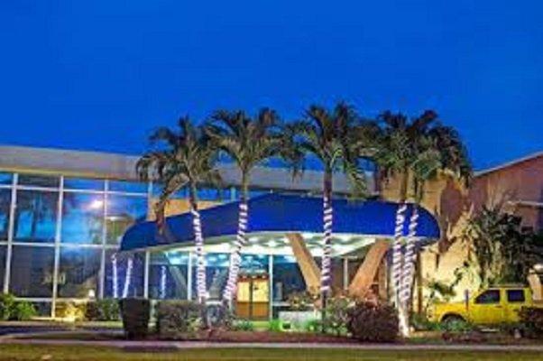 Hallandale Knight Inn, Room Hotel. Best Location 2221, vacation rental in Hallandale Beach