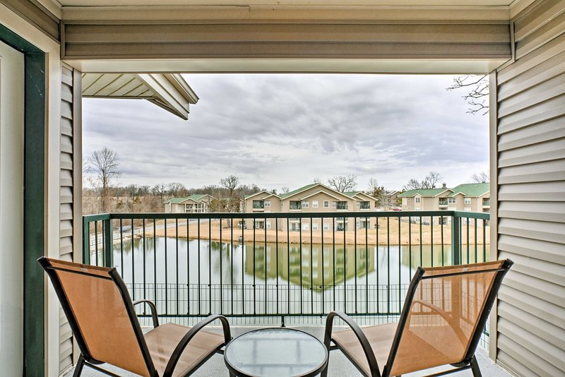 Experience the family fun capital of the Midwest from the comfort of this 2-bedroom, 2-bathroom vacation rental condo in Branson.