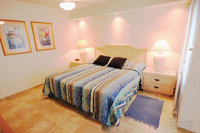A cama king-size menor apartamento