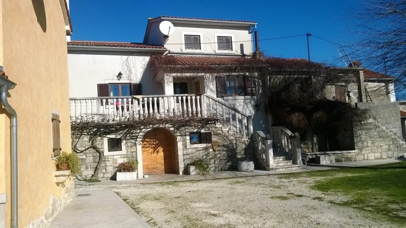 Beautiful house with garden & Wifi, holiday rental in Jakomici