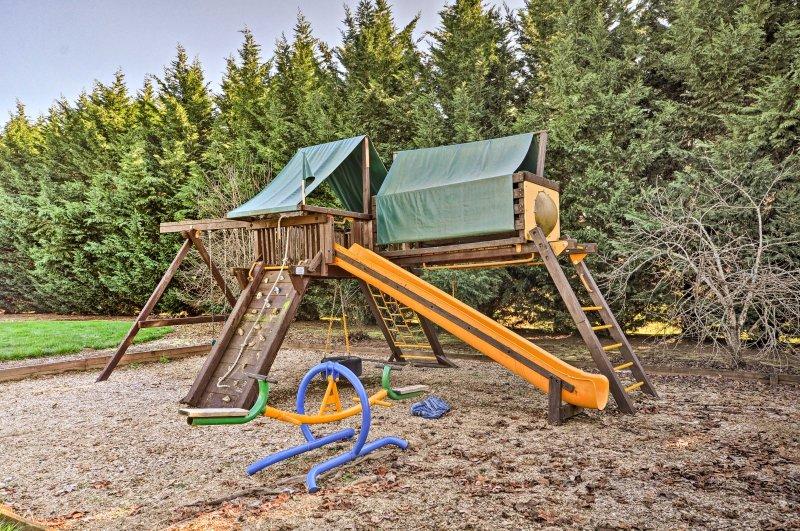 Kinder werden den Spielplatz lieben!