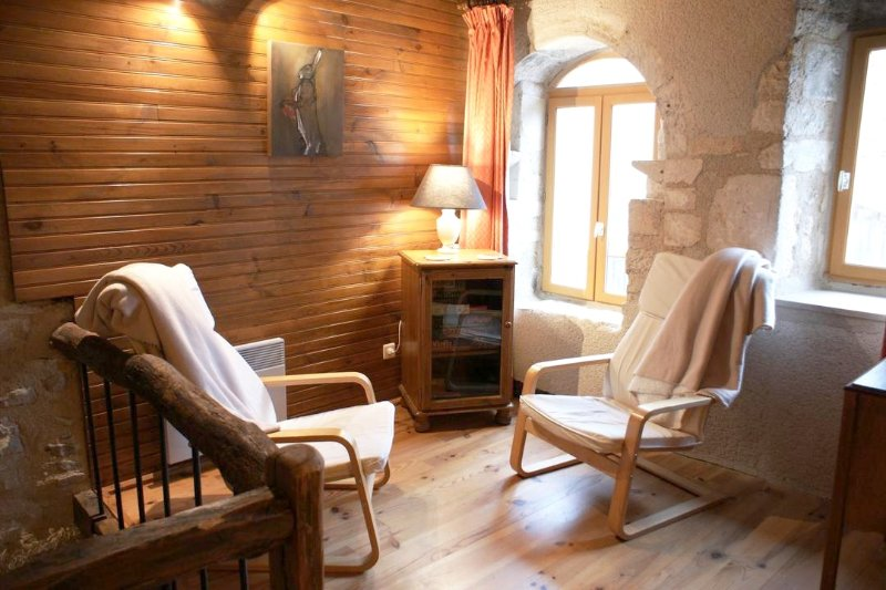 House in Perrigny-sur-Armançon, holiday rental in Montbard