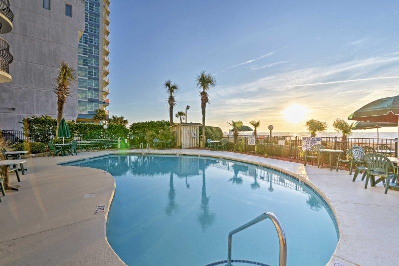 Myrtle Beach espera en esta hermosa 1 dormitorio, condominio de 1 baño alquiler de vacaciones!