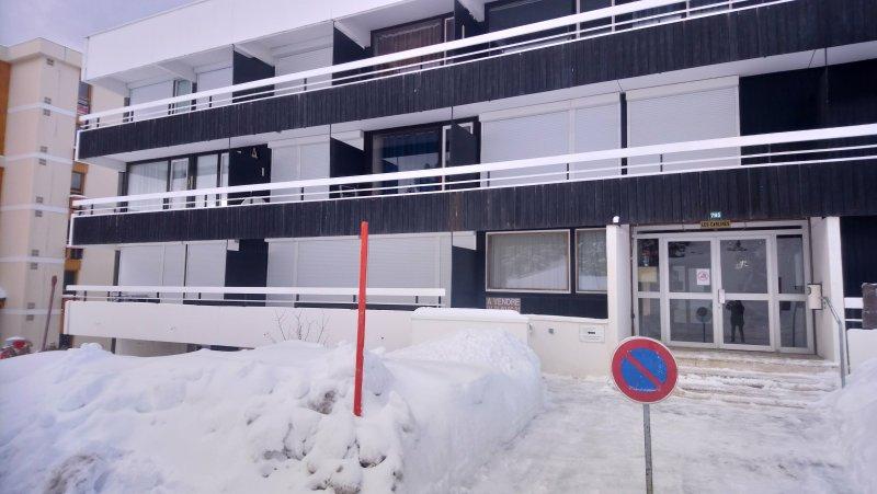 Apartment - 10 m from the slopes, alquiler de vacaciones en Chamrousse