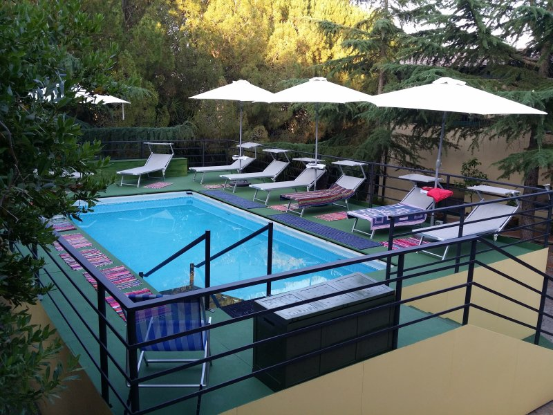 Nice studio with shared pool & Wifi, vacation rental in Frigintini
